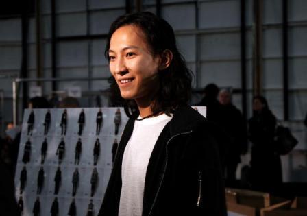 Alexander Wang é um estilista famoso