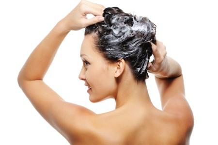 Dicas para limpar e cuidar dos cabelos