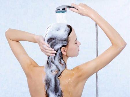 Conheça dicas sobre como escolher o shampoo certo